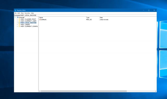 Редактор реестра в Windows 10 получил адресную строку