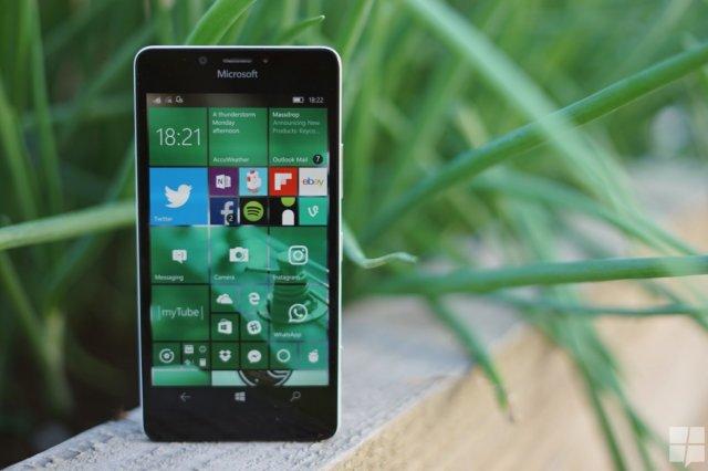 Windows 10 Mobile получит функцию ночного света